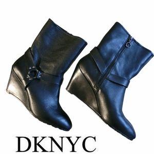 DKNYC Leather Black Booties